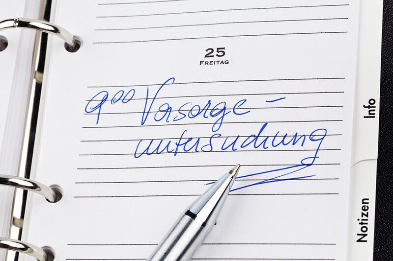Kalender mit eingetragenem Termin für Prostata-Vorsorge